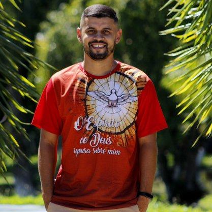 Camiseta o Espírito Santo de Deus
