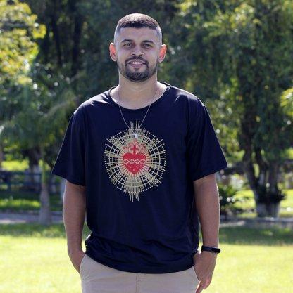 Camiseta Sagrado Coração de Jesus preta
