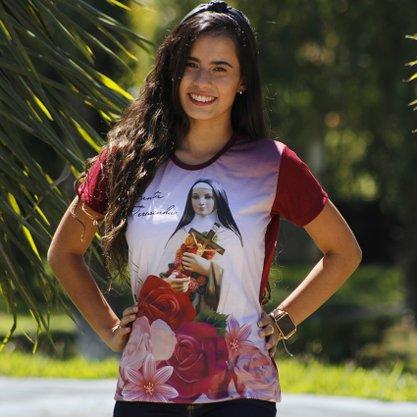 Camiseta Santa Teresinha Rosas