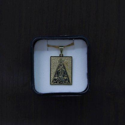 Colar Pingente Nossa Senhora Aparecida - placa dourada